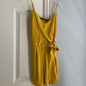Summery yellow romper!